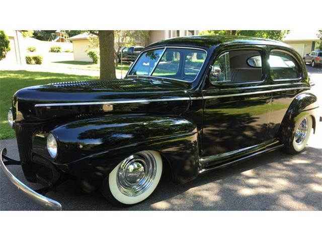1941 Ford Sedan | 892301