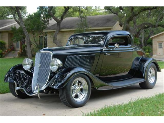 1934 Ford 3-Window Coupe | 890237