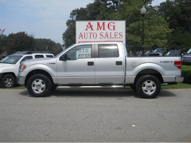 2011 Ford F150 | 892588