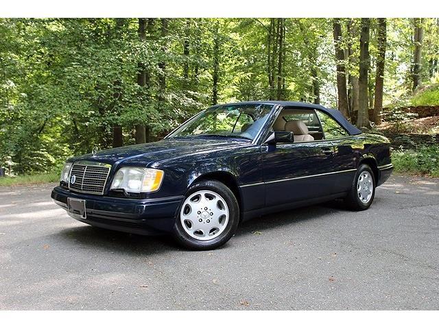 1995 Mercedes-Benz E-Class | 892603