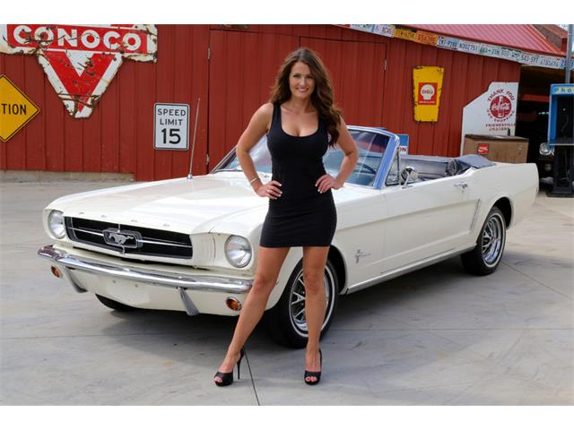 1965 Ford Mustang | 892634