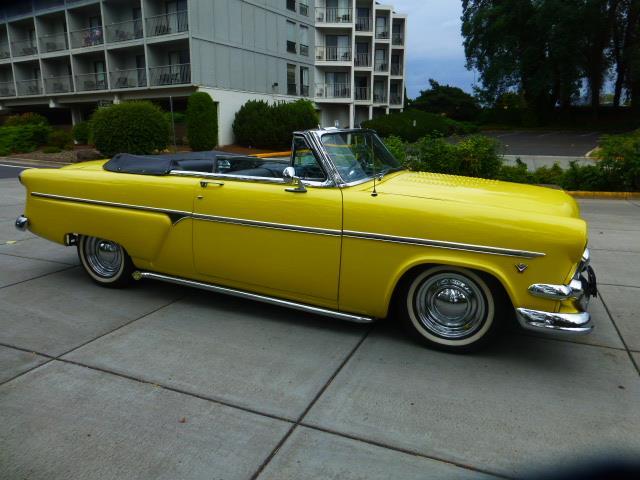 1954 Ford Sunliner | 892844