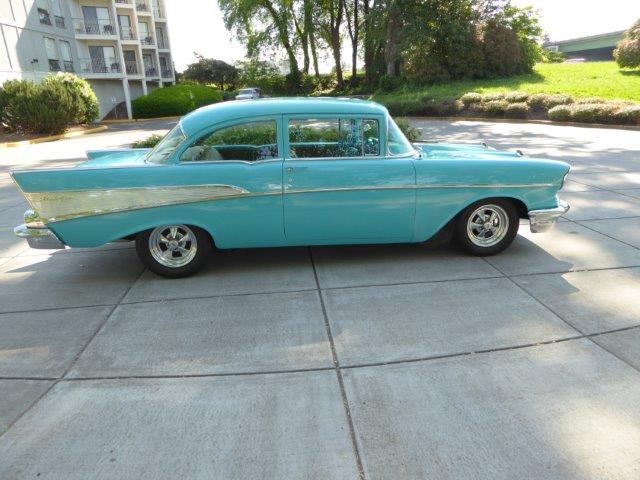1957 Chevrolet 210 | 892854