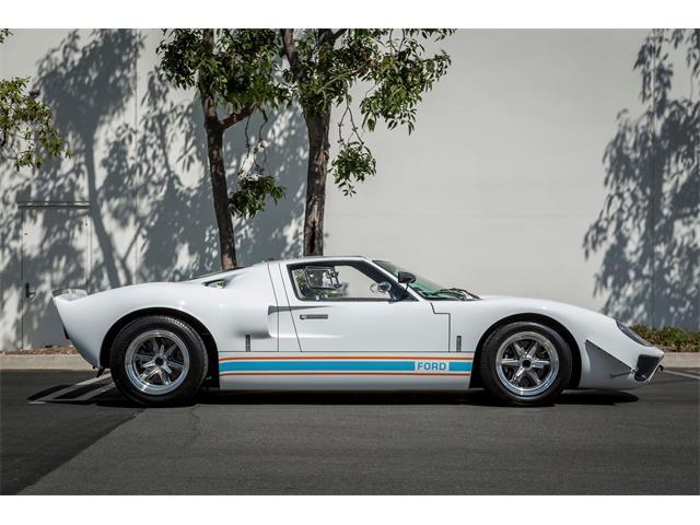 1968 Superformance GT 40 MK I Wide Body | 890294
