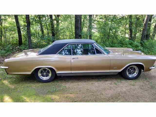 1965 Buick Riviera | 890298