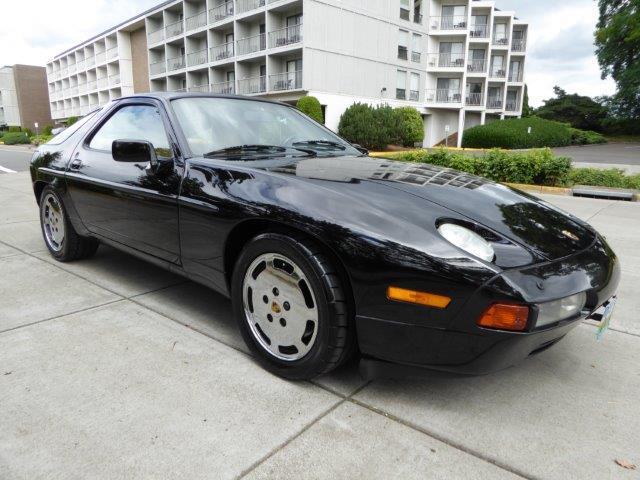 1988 Porsche 928 | 893070