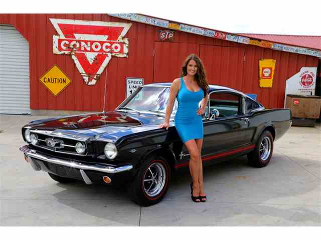 1965 Ford Mustang   893116