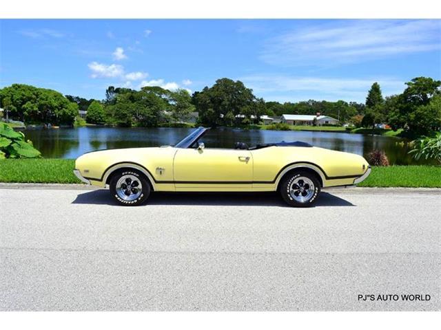 1969 Oldsmobile Cutlass   893175