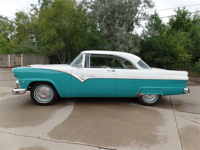 1955 Ford Fairlane Victoria | 893229