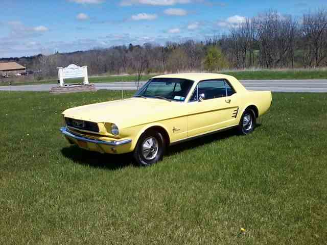 1966 Ford Mustang | 893238