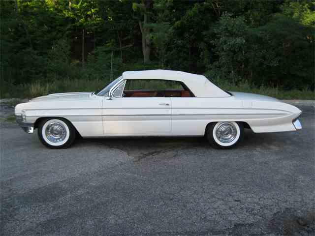 1961 Oldsmobile Super 88 | 893271