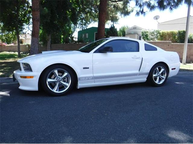 2007 Ford Mustang | 893395