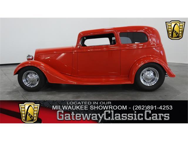 1934 Chevrolet Sedan | 890344