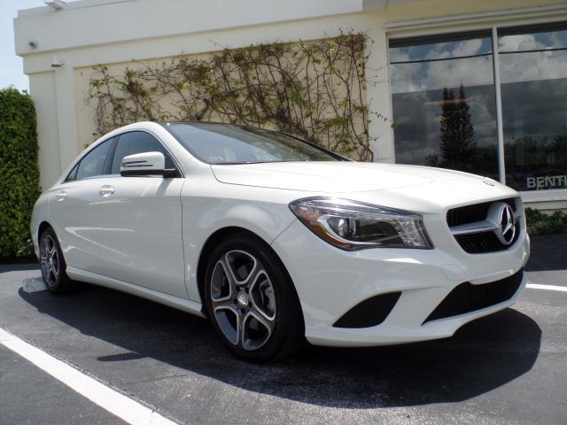 2014 Mercedes CLA250 | 893464