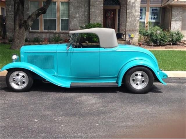 1932 Ford Custom | 893506