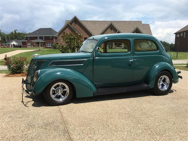 1937 Ford 2 Door Humpback Sedan | 893549