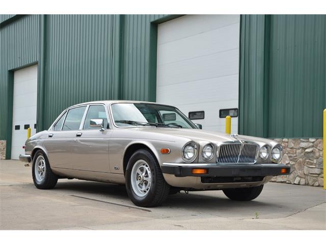 1987 Jaguar XJ6 | 893550