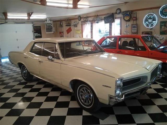 1966 Pontiac Tempest   893591