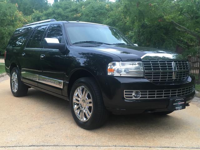 2010 Lincoln Navigator | 893701