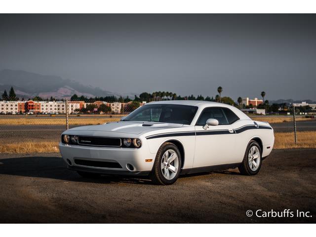 2012 Dodge Challenger | 893716