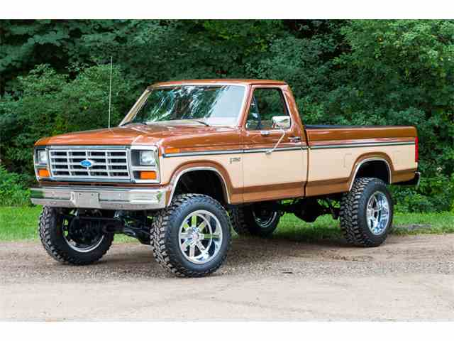 1985 Ford F250 4x4 Pickup   893799