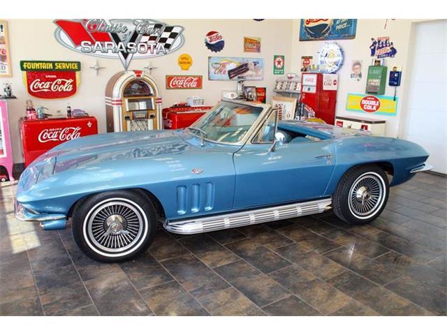 1965 Chevrolet Corvette | 890382