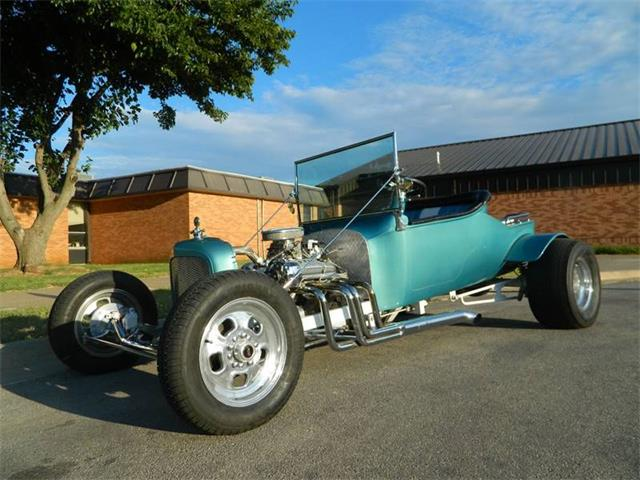 1928 Ford T-Bucket | 893853