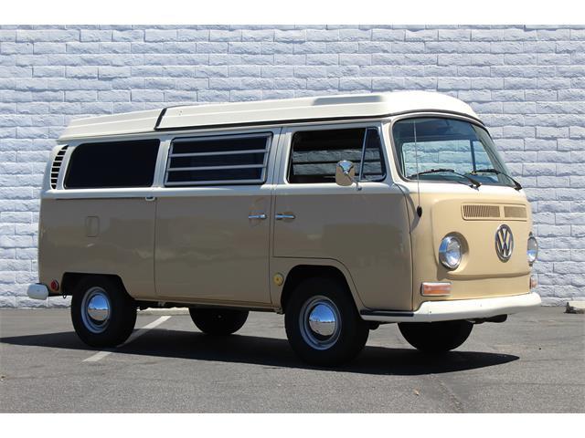 1969 Volkswagen Westfalia Camper | 894003