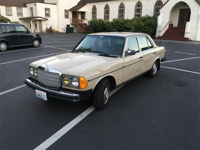1983 Mercedes-Benz 240D | 894014