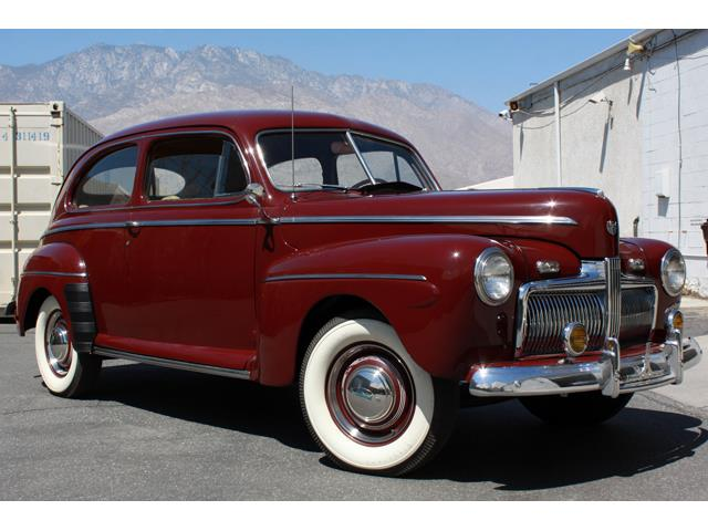 1942 Ford Super Deluxe | 894029