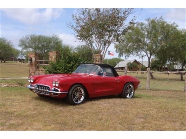 1962 Chevrolet Corvette Custom Roadster   894158