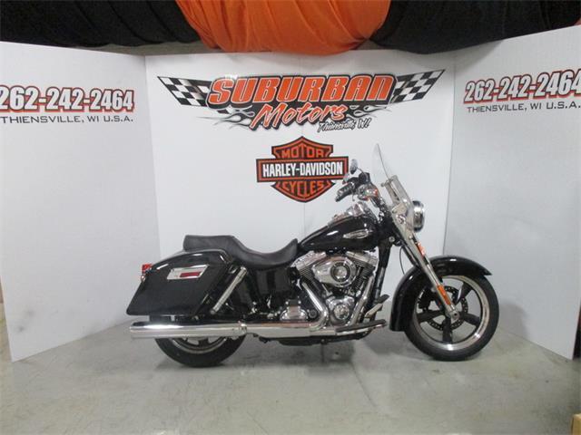 2012 Harley-Davidson® FLD - Dyna® Switchback™ | 894206