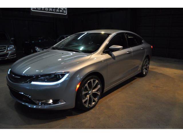 2015 Chrysler 200 | 894224