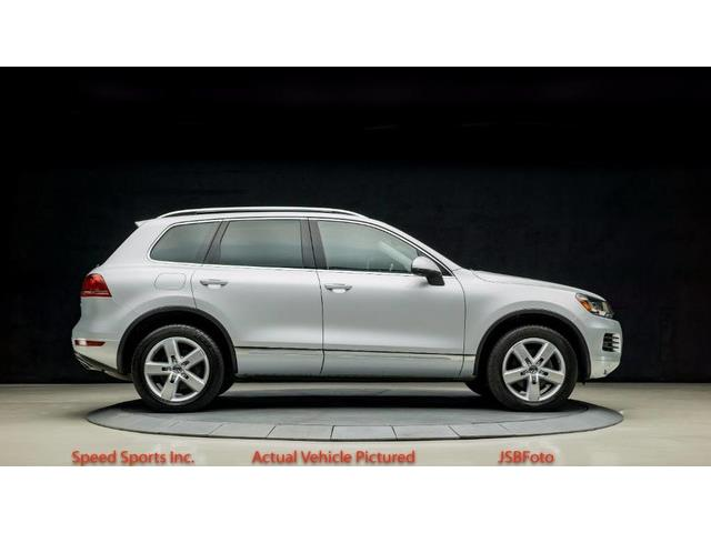 2012 Volkswagen Touareg | 894271