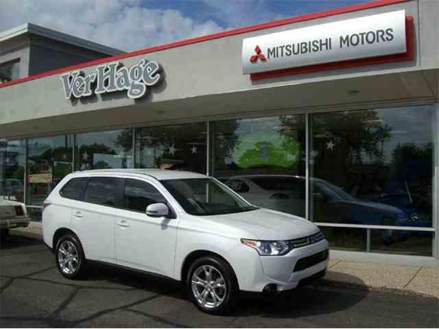 2014 Mitsubishi Outlander | 894274