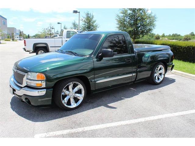 2004 GMC Sierra | 894446