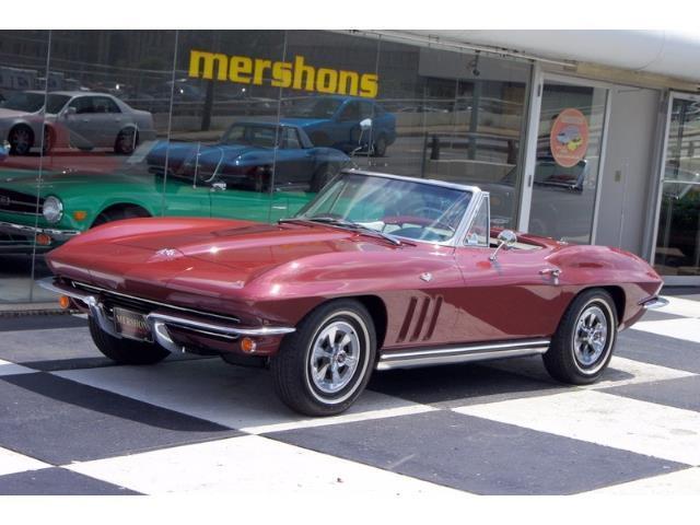 1965 Chevrolet Corvette | 894688