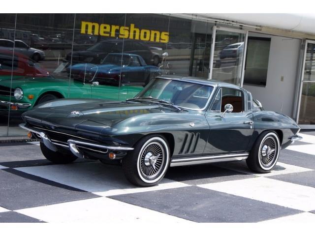 1965 Chevrolet Corvette | 894689