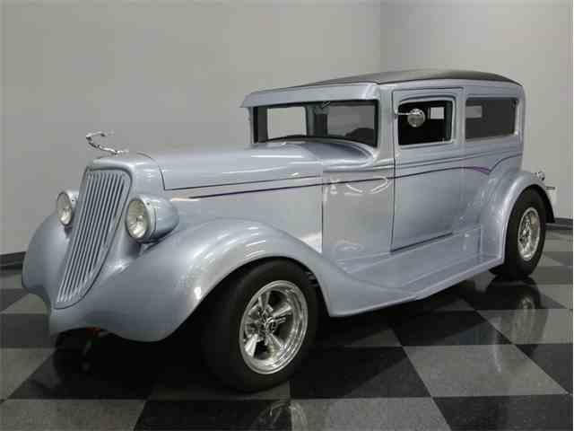 1932 Chevrolet Sedan | 890481