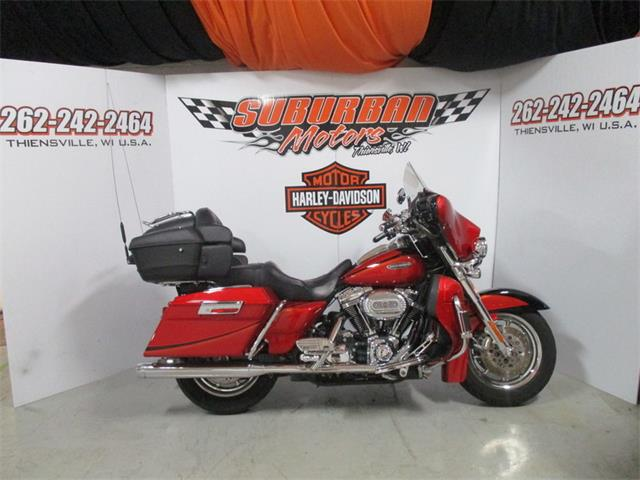 2007 Harley-Davidson® FLHTCUSE2 - Ultra Classic® Screamin' Eagle® Electra Glide® | 894836