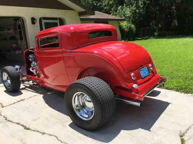 1932 Ford Coupe | 895038