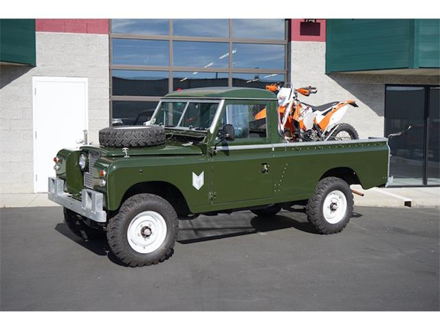 1965 Land Rover Defender | 895051