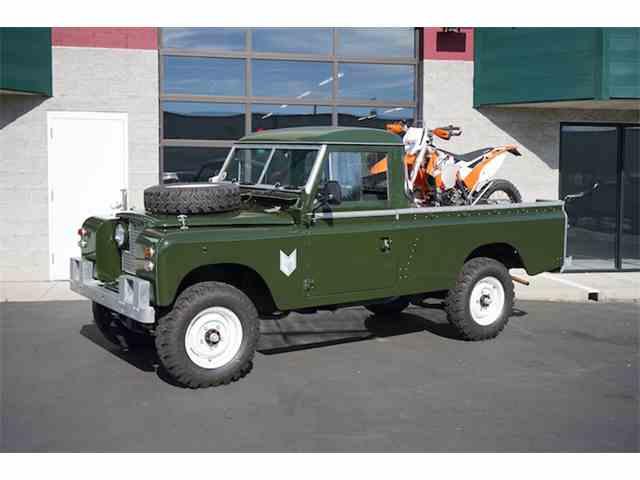 1965 Land Rover Defender | 895051