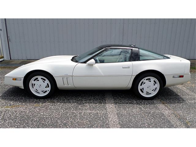 1988 Chevrolet Corvette 35th Anniversary Coupe | 895197