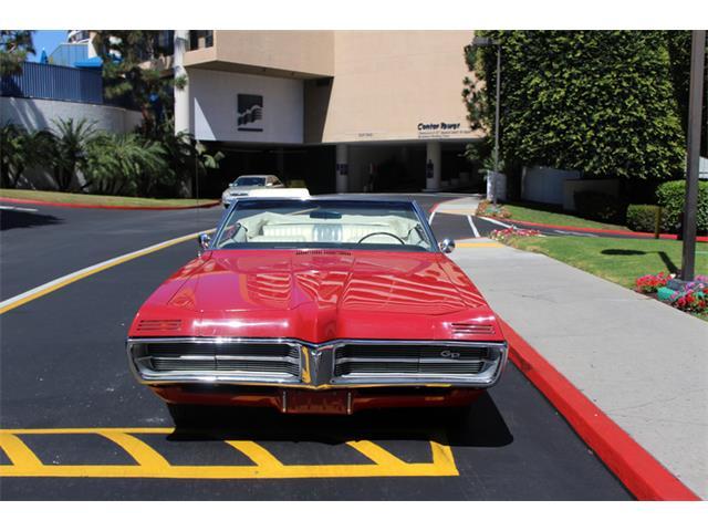 1967 Pontiac GRAND PRIXS | 890521