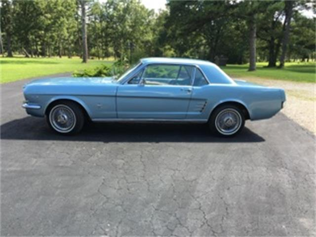1966 Ford Mustang | 895552
