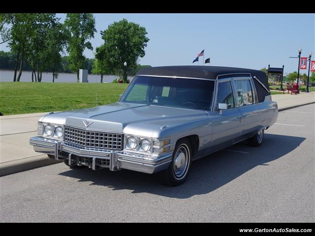 1974 Cadillac Super 3-way Funeral Coach | 895555