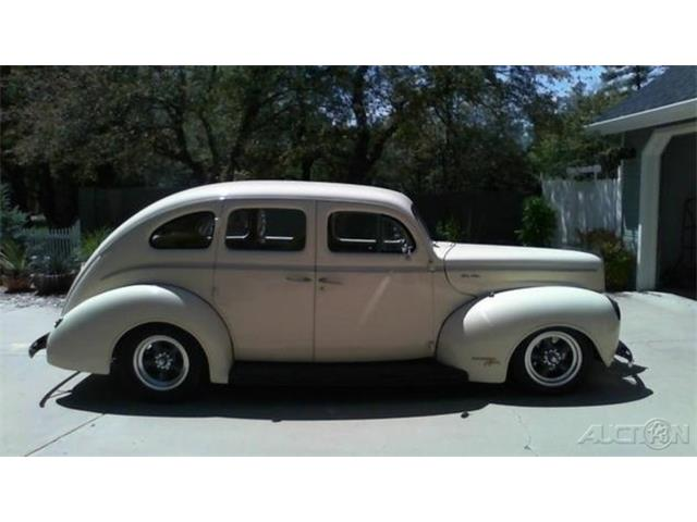1940 Ford Deluxe | 895606