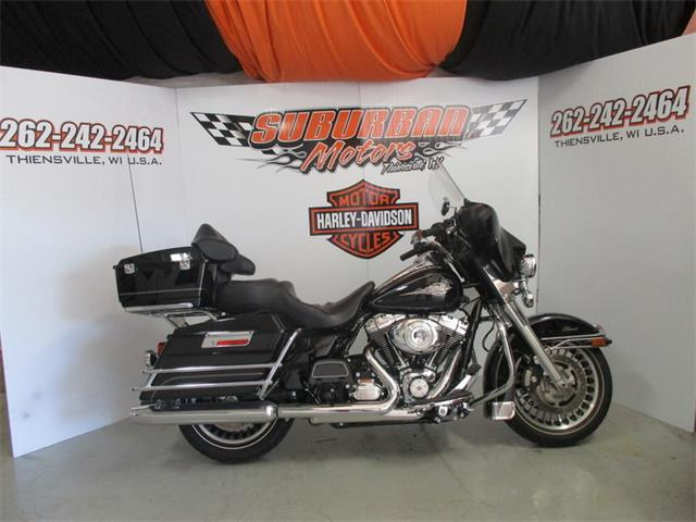 2013 Harley-Davidson® FLHTC - Electra Glide® Classic | 895774
