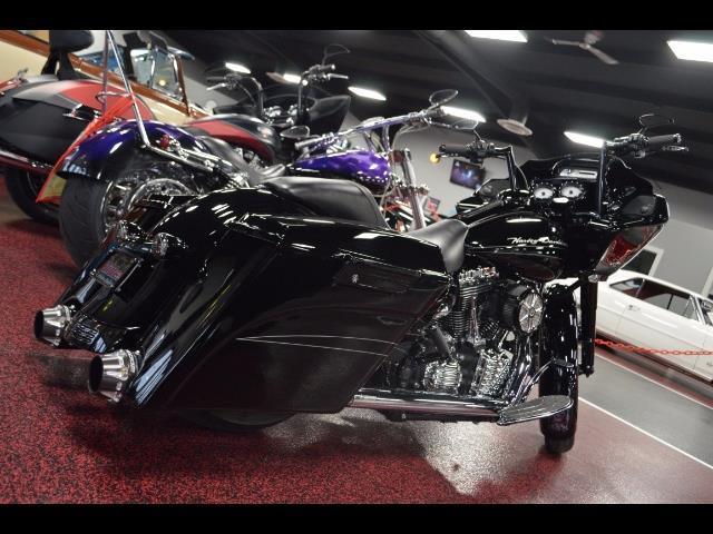 2011 Harley-Davidson MotorcycleRoad Glide | 895808